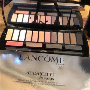 Lancome Paris Auda[CITY] palette